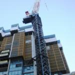 Строительство загородного дома – одна из областей широкого применения электродуговой сварки