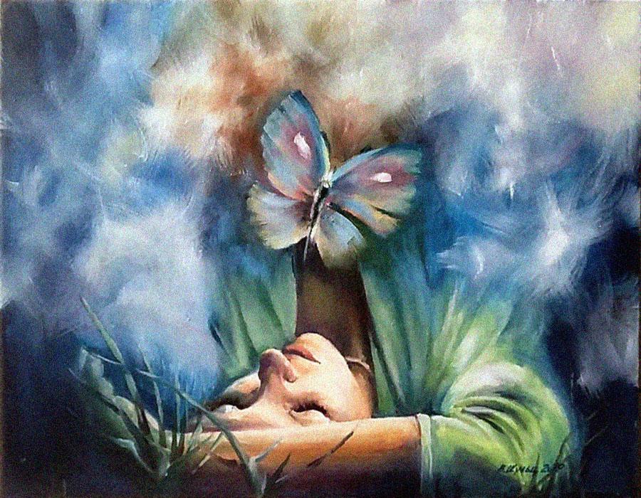 Девушка и бабочка. Вид 1