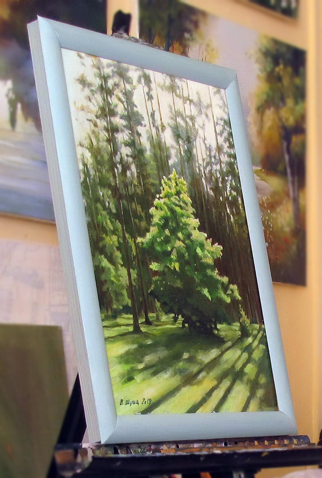 Деревце на опушке леса. Вид 4
